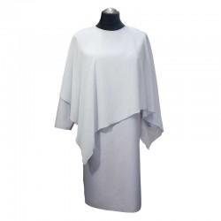 Sukienka z woalem.