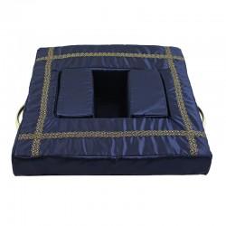 Наклонная подушка под урну